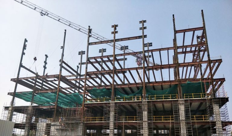 Construction Company in Gurgaon builds residential and commercial complexes