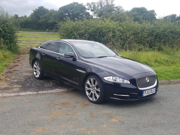 Why You Should Get Executive Car Hire Services?