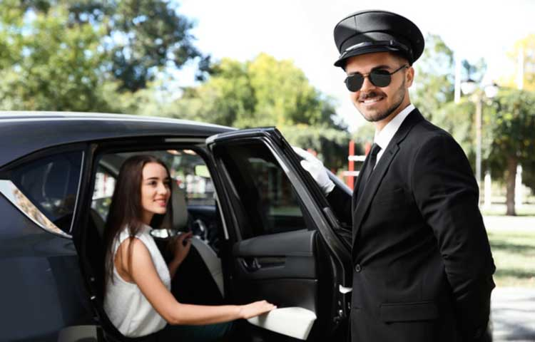 What to Expect From Birmingham Airport Transfers Service?
